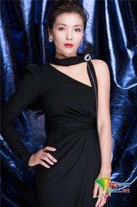 刘涛出席盛典活动 黑色长裙尽显东方女性魅力