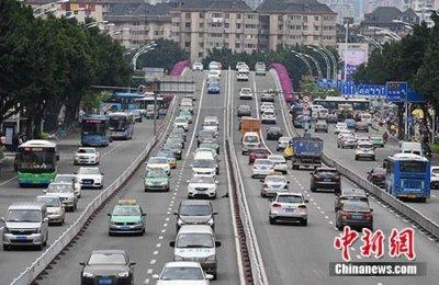 生态环境部:中国人均二氧化碳排放量远低于发